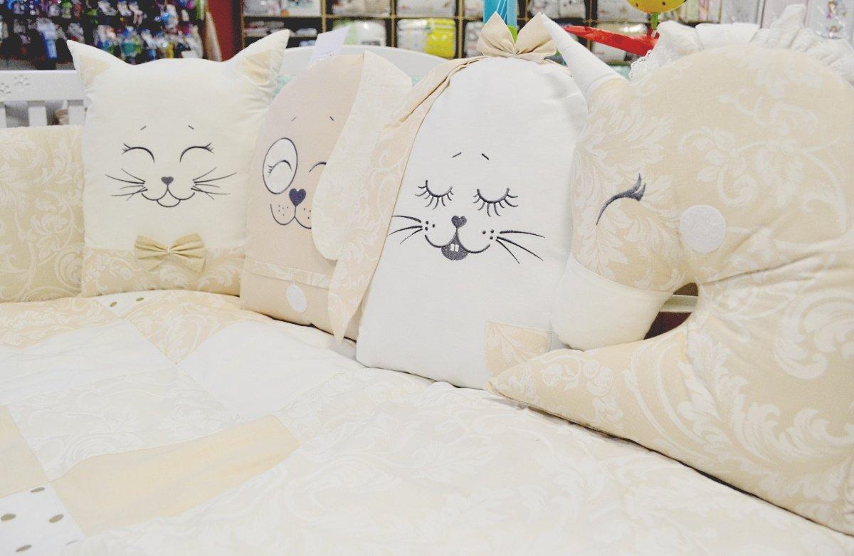 купить красивые бортики в детскую кроватку